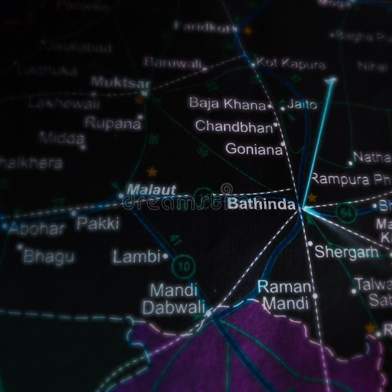 印度地理地图上巴廷达城名 免版税库存照片