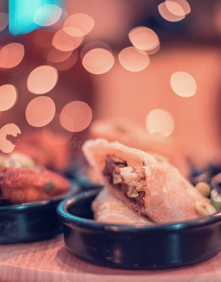 印度家庭样式鸡卷 库存图片