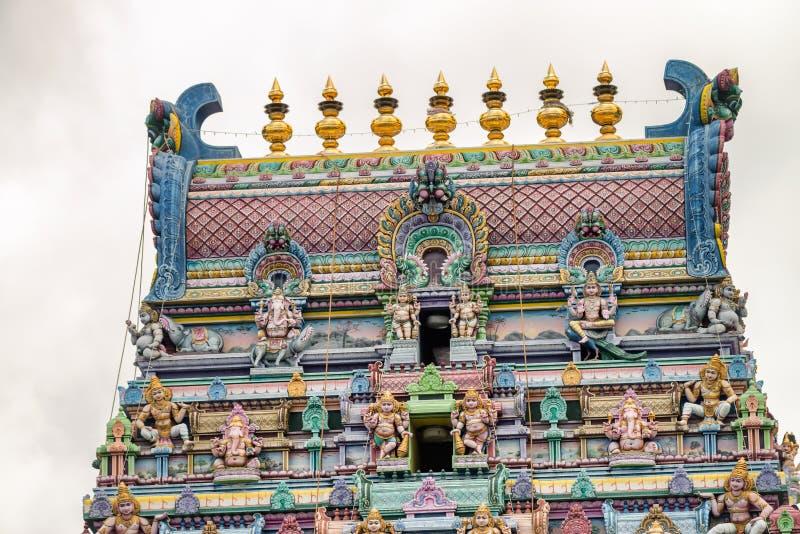 印度寺庙的五颜六色的门面在维多利亚, Mahe,塞舌尔群岛 库存图片