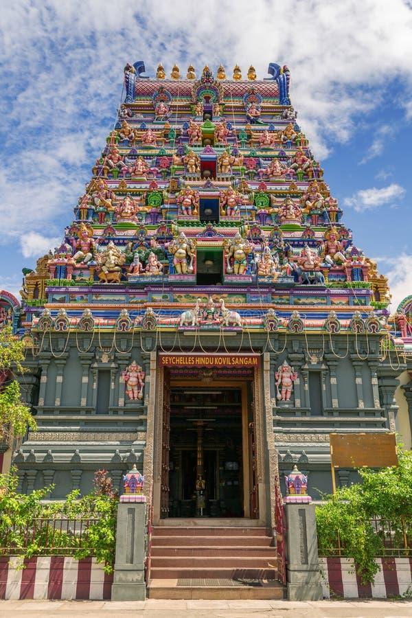 印度寺庙的五颜六色的门面在维多利亚, Mahe,塞舌尔群岛, 免版税图库摄影