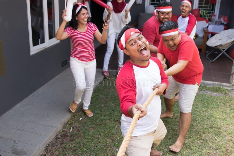 印度尼西亚拔河竞争 库存图片