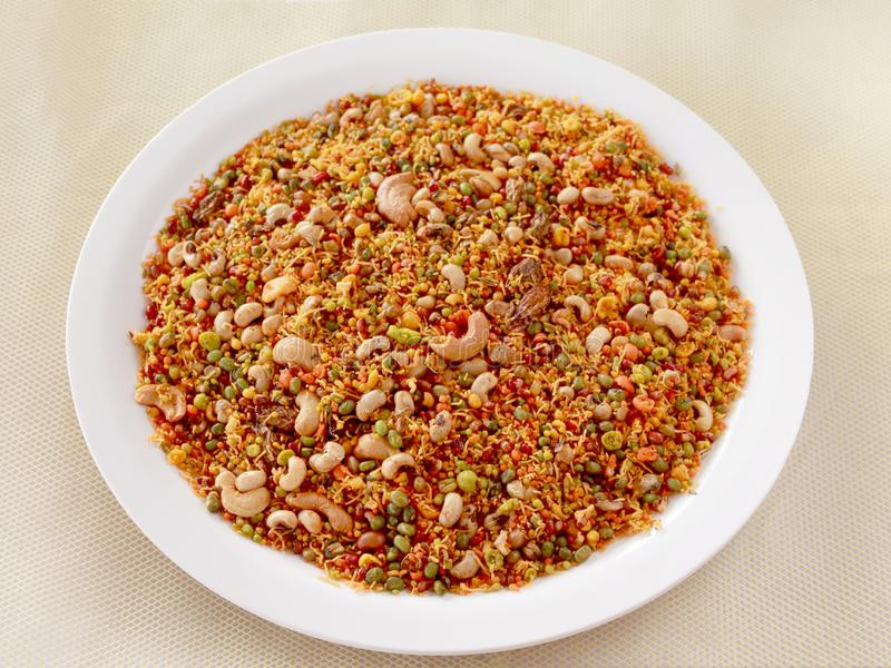 印度快餐Navratan混合物 库存图片