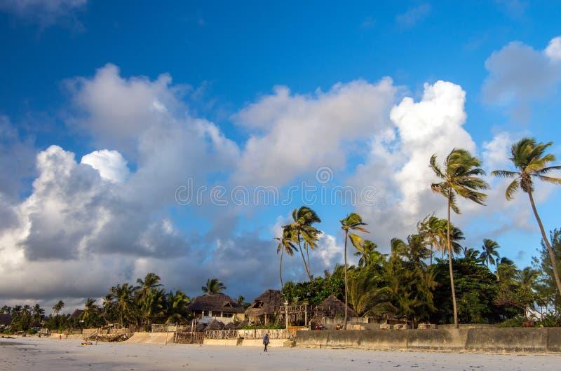 印度洋的岸的村庄 桑给巴尔,坦桑尼亚,东非 免版税库存图片