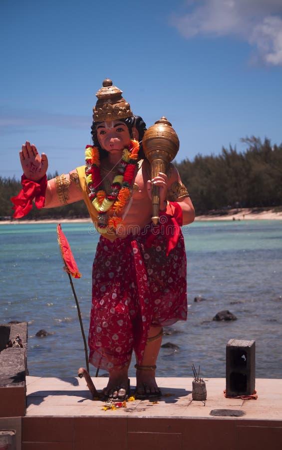 印度神Hanuman雕象海边寺庙的在星期一Choisy在毛里求斯 库存照片