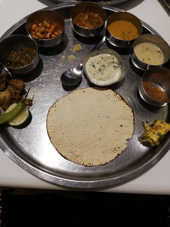 印度贾尔冈传统风味餐 免版税图库摄影