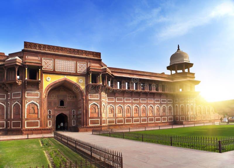 印度 侵略 红色堡垒在晴天 图库摄影