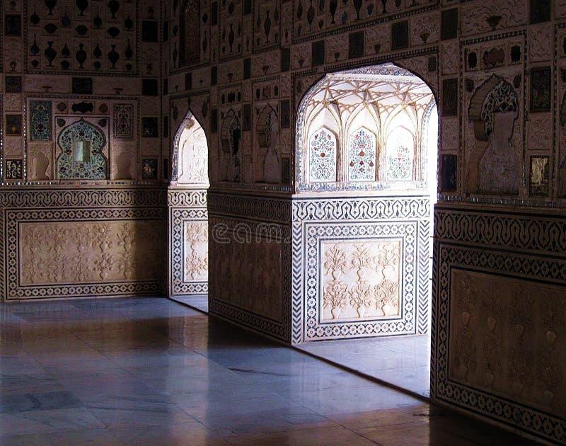 印度建筑学被成拱形的门 免版税库存图片