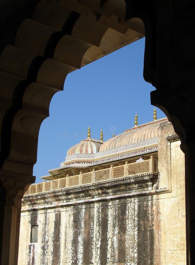 印度建筑学门道入口曲拱 免版税库存图片