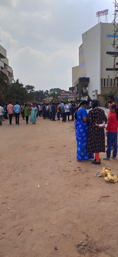 印度Hubli Karnataka大学PUC二年级学生JEE考试 图库摄影