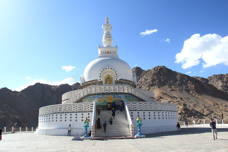 印度ladakh leh shanti stupa 免版税库存照片