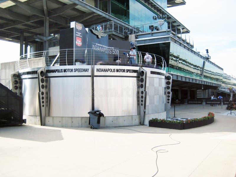 印第安纳波利斯汽车赛车场优胜者圈子 库存图片