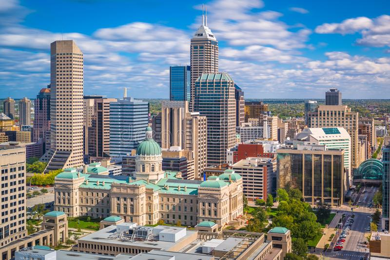 印第安纳波利斯,印第安纳,美国街市地平线 免版税库存照片