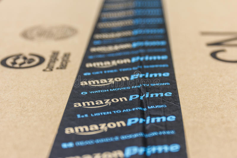 印第安纳波利斯-大约2016年9月:亚马逊最初小包包裹 改良 com是一个首要的网上零售商IV 免版税库存图片