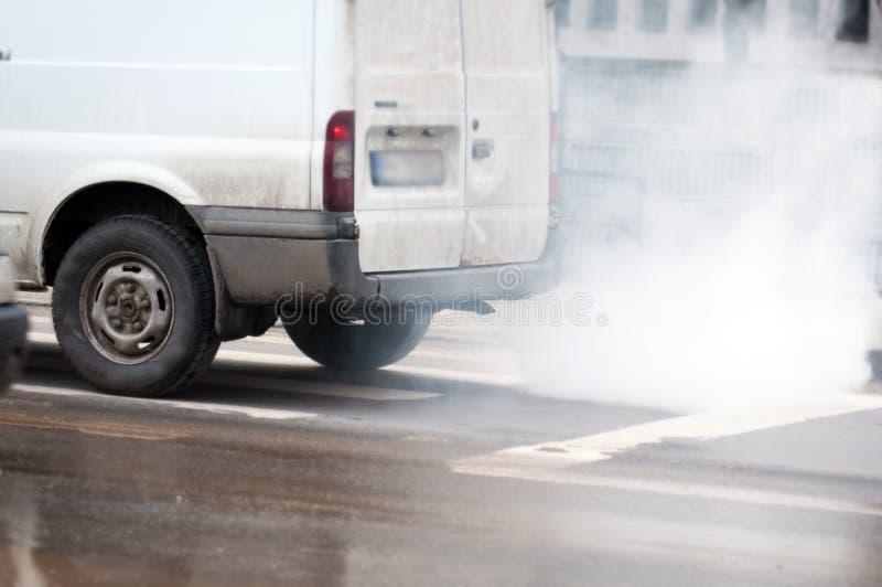 危险汽车污染 免版税库存图片
