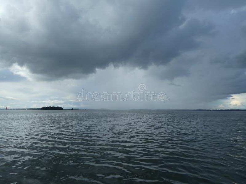 即将来临的rainshower 免版税图库摄影
