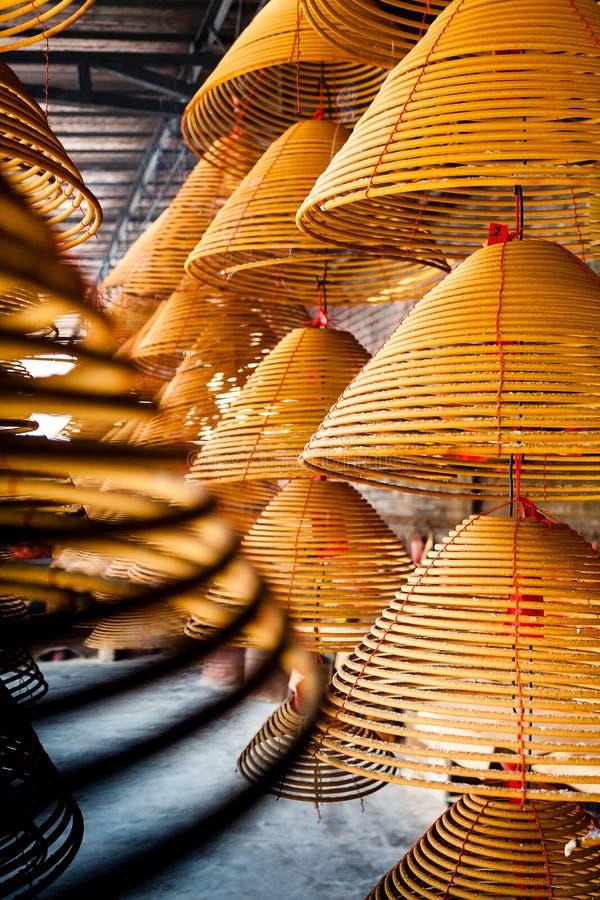 卷激怒在中国寺庙的燃烧 免版税库存图片