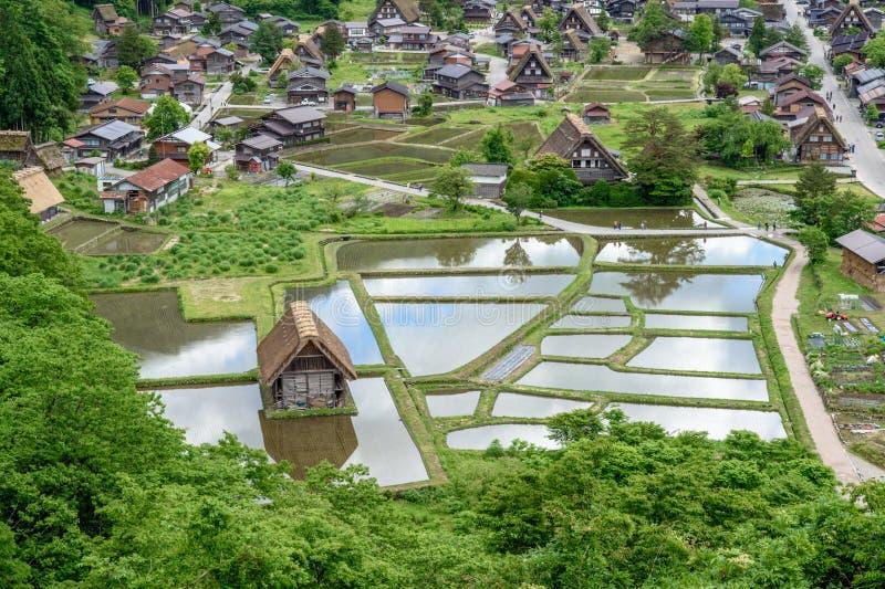 历史村庄白川町去 白川町去是其中一个日本` s位于岐阜县的联合国科教文组织世界遗产名录站点 库存照片
