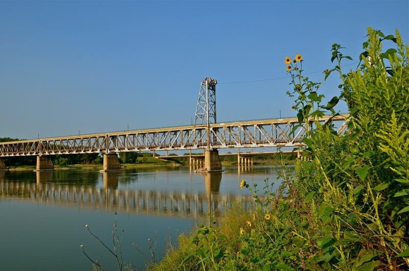历史的两层吊桥 免版税库存照片