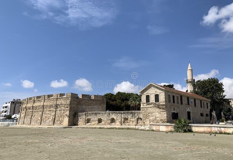 历史的中世纪堡垒的看法在拉纳卡 库存照片
