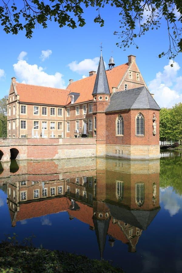历史的城堡Huelshoff在西华里亚,德国 库存照片