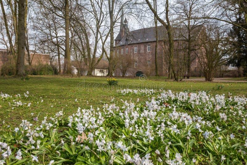 历史的城堡moers德国 免版税库存图片