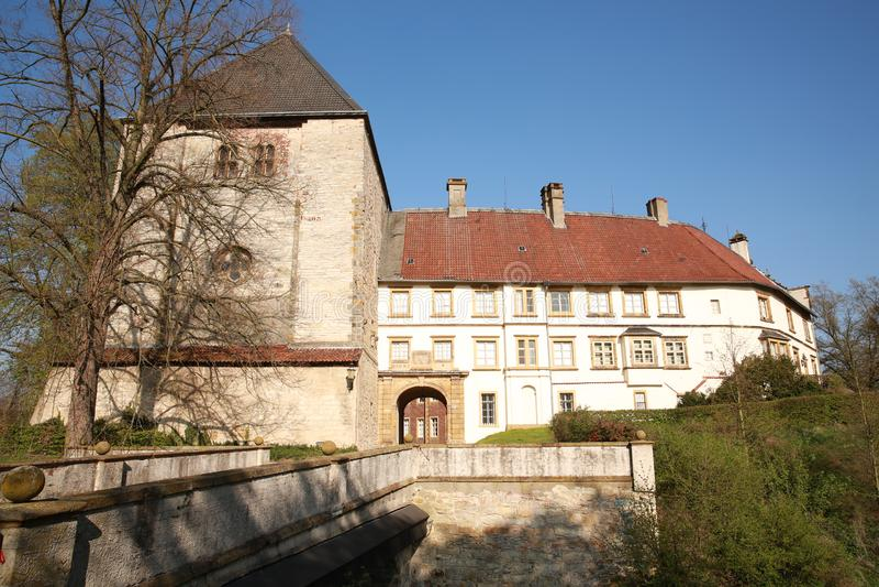 历史的城堡Rheda在Rheda-Wiedenbrueck,样式混合物,西华里亚,德国 图库摄影