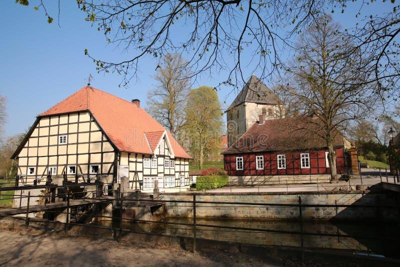 历史的城堡Rheda,有框架结构的中世纪主要房子,德国 图库摄影