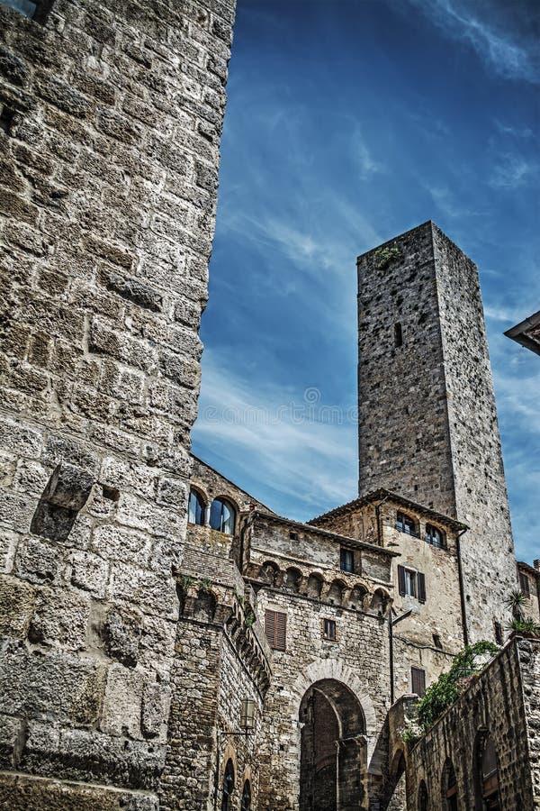 历史的塔在圣吉米尼亚诺 免版税库存照片