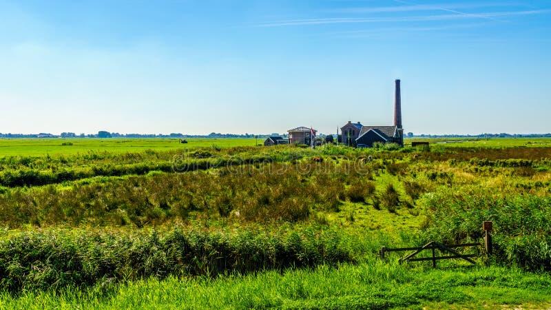 历史的奈凯尔克泵站或Nijkerk& x27; 在Veluwemeer的s Gemaal 免版税图库摄影