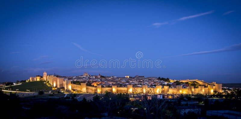历史的市的全景阿维拉,卡斯蒂利亚y利昂,西班牙 免版税库存照片