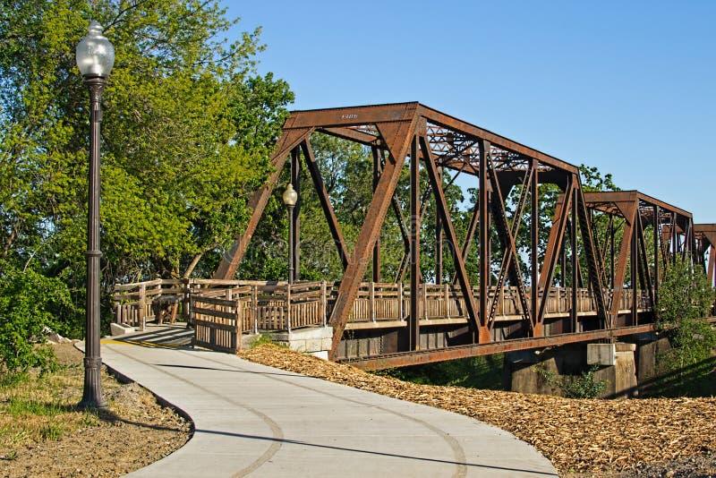 历史的支架火车桥梁 库存图片