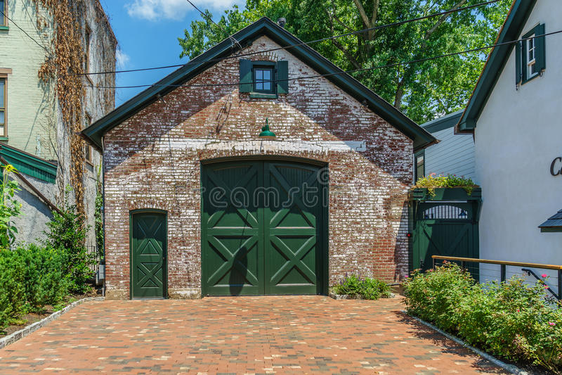 历史的新的希望的, PA红砖谷仓 库存照片