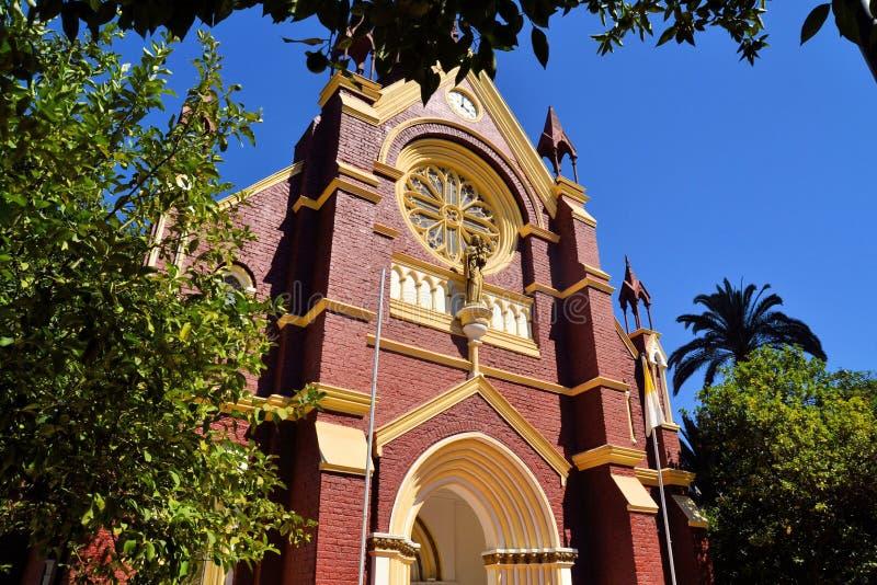 历史的旧金山教会在中央圣地亚哥 库存图片