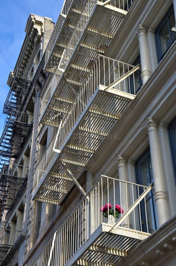 历史的生铁大厦在纽约的伦敦苏豪区区 库存照片