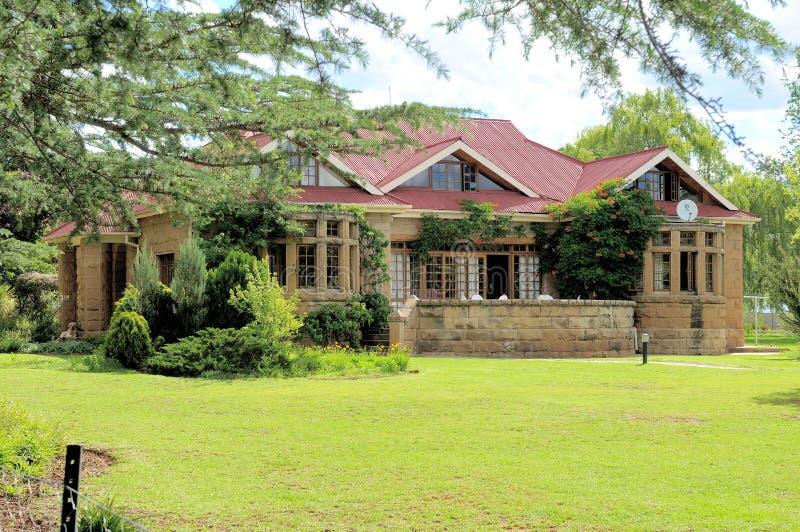 历史的砂岩神父寓所, Clarens,南非 免版税库存照片