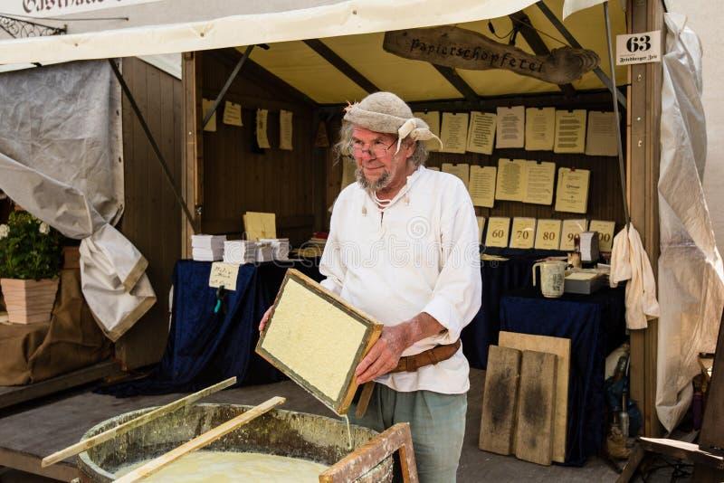 历史的纸生产 免版税库存照片