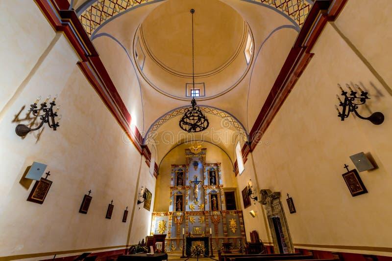 历史的老西部西班牙使命圣何塞的美丽的更大的教堂 库存照片