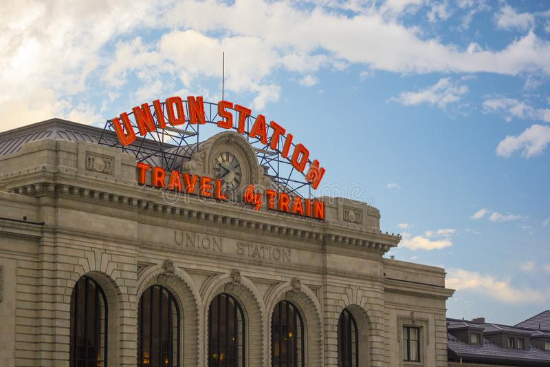 历史的联合驻地,市政拥有的火车站在街市丹佛,科罗拉多 库存照片