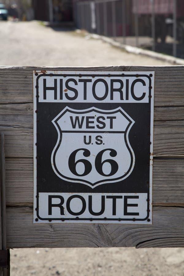 历史的路线66标志 免版税库存图片