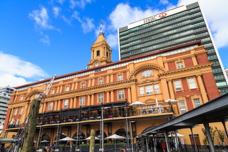 历史的轮渡大厦在奥克兰,新西兰 免版税库存照片