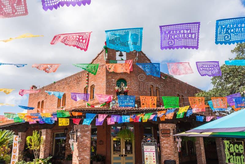 历史的集市广场墨西哥购物中心游人destinati 免版税图库摄影