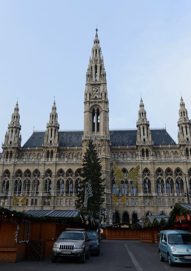历史的维也纳市政厅 库存照片
