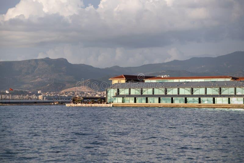历史的Konak码头在Ä°zmir,土耳其 库存照片