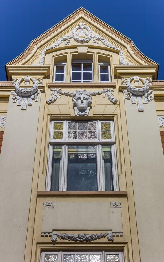 历史装饰的门面在施塔德县的中心 库存照片