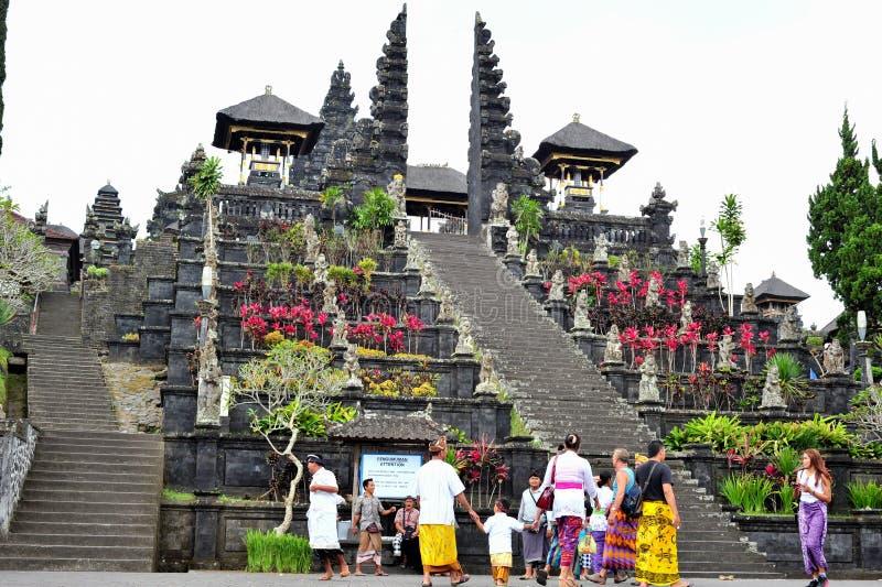 巴厘岛,印度尼西亚2015年5月28日:巴厘岛母亲寺庙  图库摄影