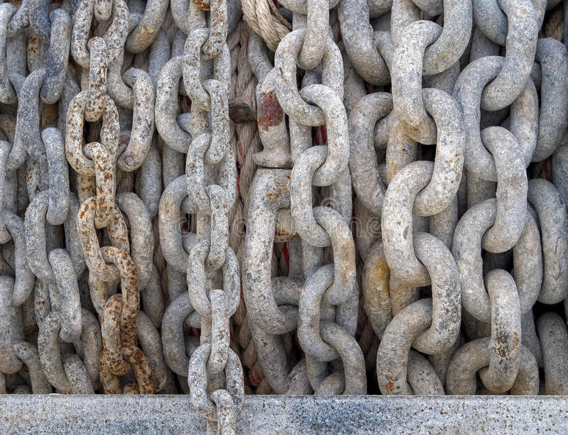 厚实的金属链子抽象特写镜头  图库摄影