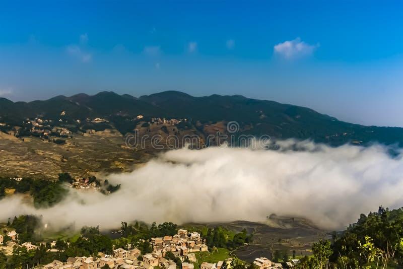 原阳县鸟瞰图在红河专区在云南东南,中国 免版税库存照片