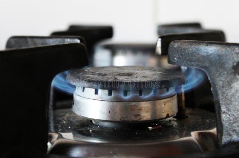 厨房煤气炉燃烧 免版税库存照片