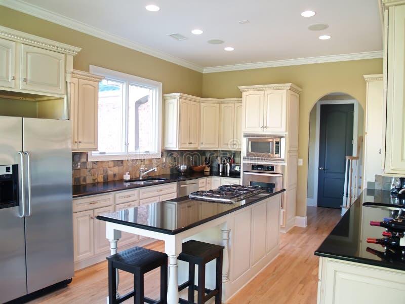 厨房现代白色 免版税图库摄影