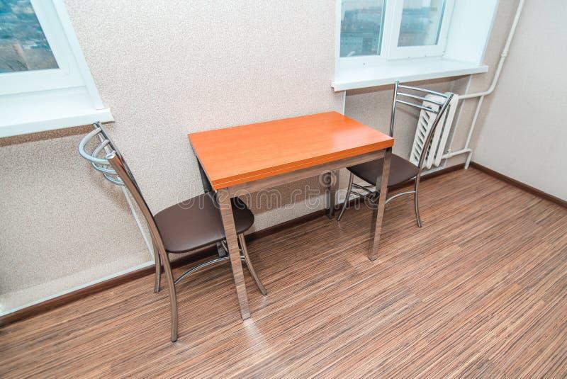 厨房用桌的摄影 免版税库存图片